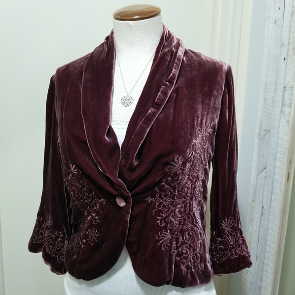 Karen Kane Plum Velour Embroidered Cropped Blazer